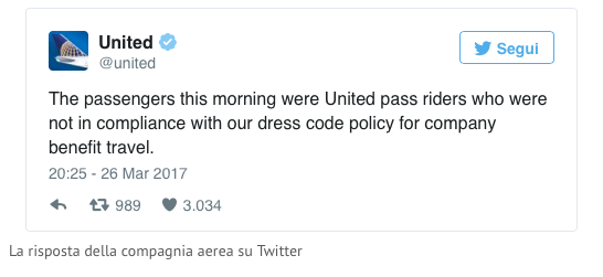 Non si vola con i leggings United Airlines
