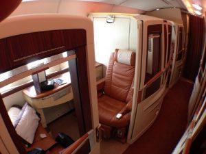Stanchi di viaggiare in spazi ristretti? Allora scegliete la comodità con le nuove suites della Singapore Airlines.