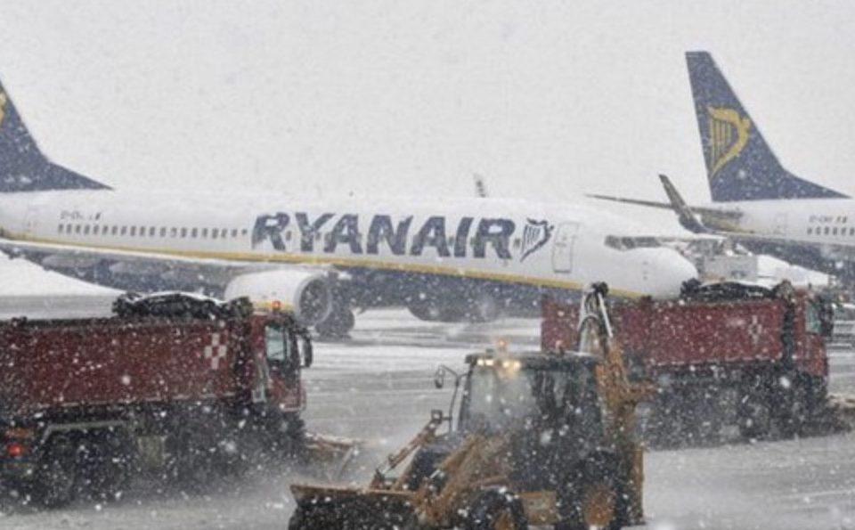Aeroporto di Capodichino – Volo in ritardo per neve: ecco la mia storia