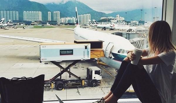 Come passare il tempo in aeroporto in attesa del volo