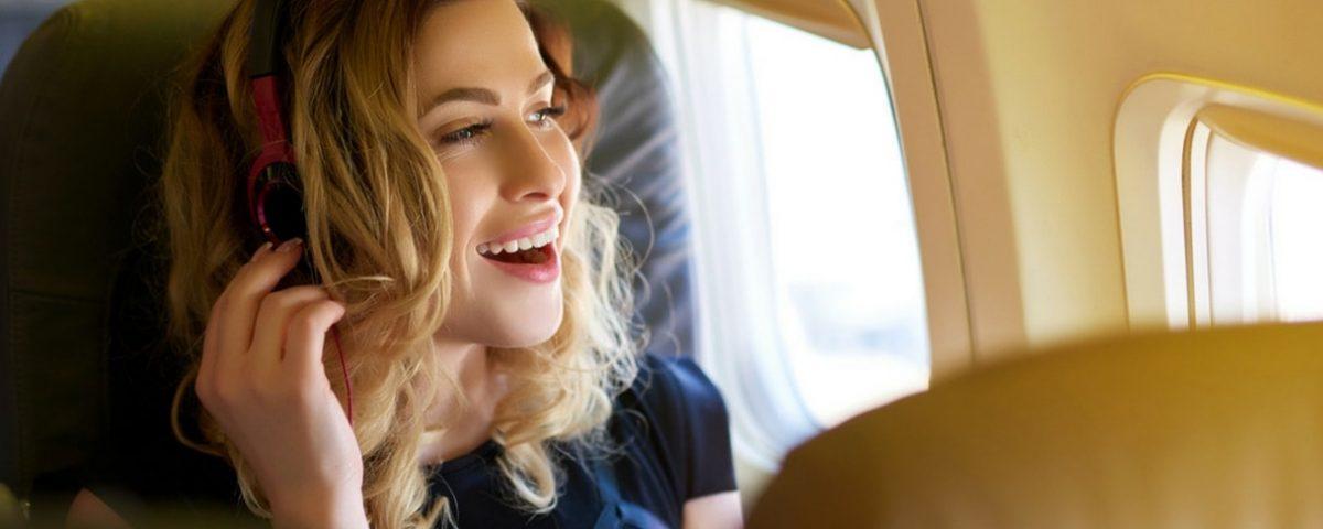 Come passare il tempo in aereo senza annoiarsi
