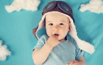 Viaggiare con i neonati: tutti quello che c'è da sapere per volare sicuri