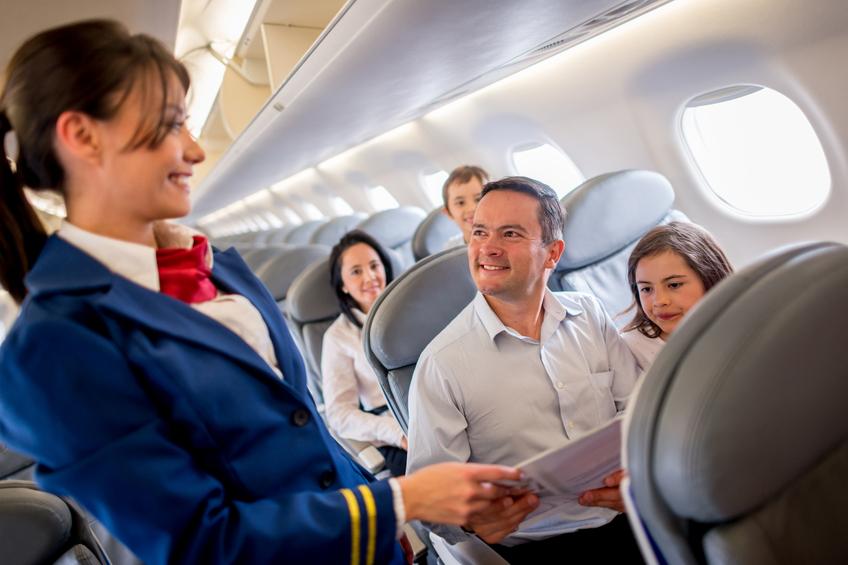 Il lavoro degli assistenti di volo: storia e curiosità