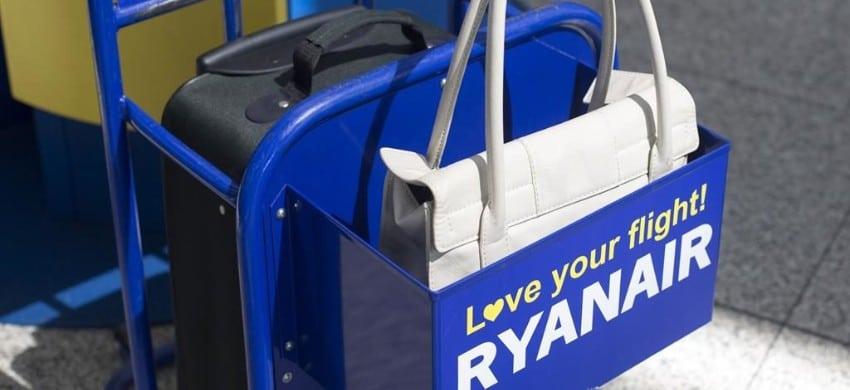 Novità nel mondo Ryanair: bagaglio da 10kg da registrare