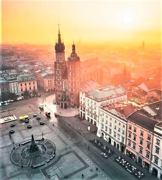 piazza al tramonto di Cracovia