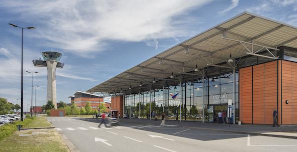 Aeroporti lontanissimi dalle città: ecco i sei casi più clamorosi