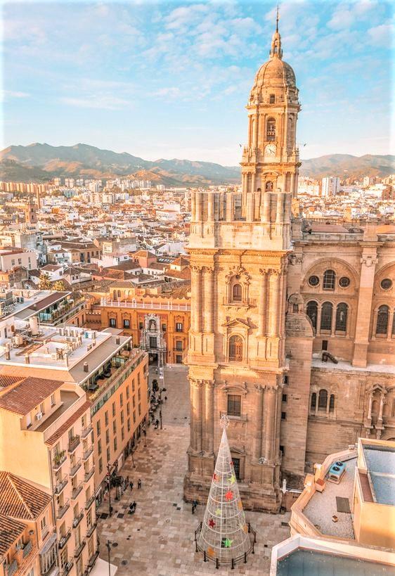 Veduta dall'alto di Malaga