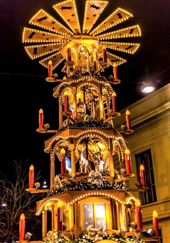 decorazione natalizia tipica della svizzera