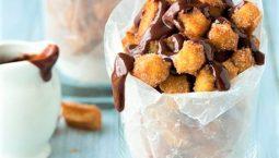 coppette di chrurros fritti con cioccolata